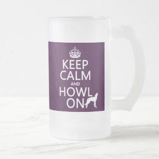 Behalten Sie Ruhe und heulen Sie auf (Wölfe) Mattglas Bierglas