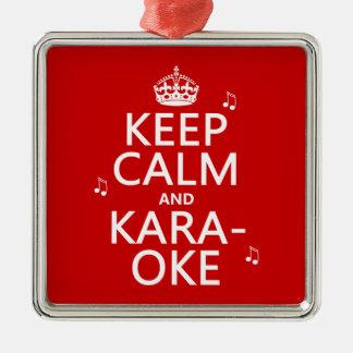 Behalten Sie Ruhe und Karaoke (fertigen Sie Farbe) Silbernes Ornament