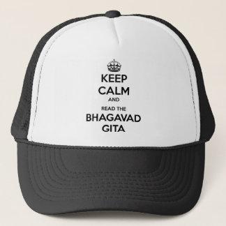 Behalten Sie Ruhe und lesen Sie das Bhagavad Gita Truckerkappe