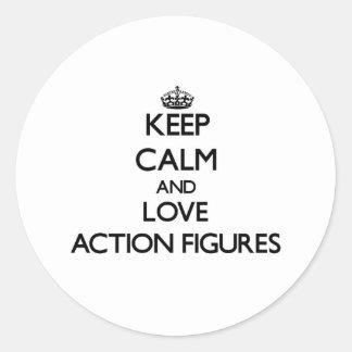 Behalten Sie Ruhe und Liebe Aktions-Zahlen Runder Aufkleber