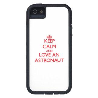 Behalten Sie Ruhe und Liebe ein Astronaut Schutzhülle Fürs iPhone 5