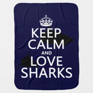 Behalten Sie Ruhe-und Liebe-Haifische Kinderwagendecke