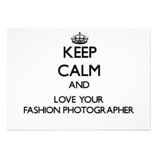 Behalten Sie Ruhe und Liebe Ihr Mode-Fotograf Ankündigungen