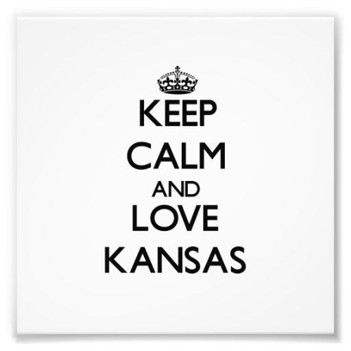Behalten Sie Ruhe und Liebe Kansas Photo Druck