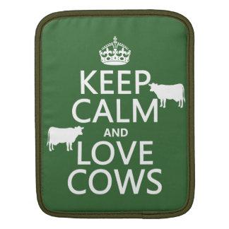 Behalten Sie Ruhe-und Liebe-Kühe (alle Farben) iPad Sleeve