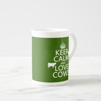 Behalten Sie Ruhe-und Liebe-Kühe (alle Farben) Porzellantasse