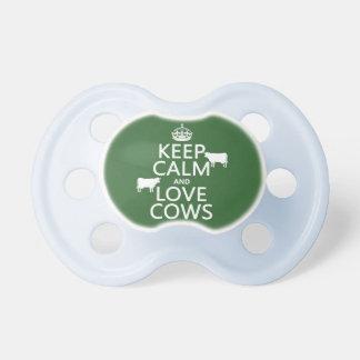 Behalten Sie Ruhe-und Liebe-Kühe (alle Farben) Schnuller