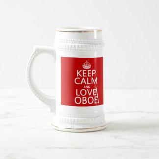 Behalten Sie Ruhe und Liebe Oboe (irgendeine Bierglas