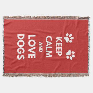 Behalten Sie Ruhe- und Liebehunde Decke
