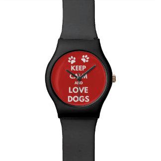 Behalten Sie Ruhe- und Liebehunde Uhr