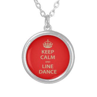 Behalten Sie Ruhe und Linie Tanz Versilberte Kette