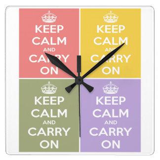 Behalten Sie Ruhe und machen Sie die 4 Quadratische Wanduhr