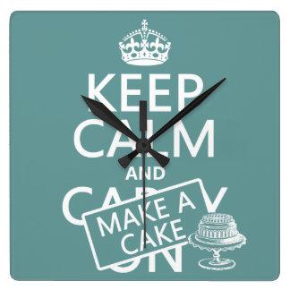 Behalten Sie Ruhe und machen Sie einen Kuchen Quadratische Wanduhr