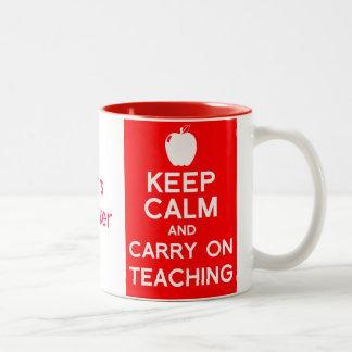 Behalten Sie Ruhe und machen Sie weiter, Geschenk- Tee Tasse