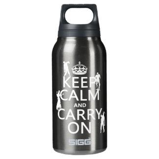 Behalten Sie Ruhe und machen Sie weiter (Zombies) Isolierte Flasche