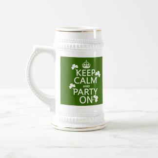 Behalten Sie Ruhe und Party auf (Iren) (irgendeine Bierglas