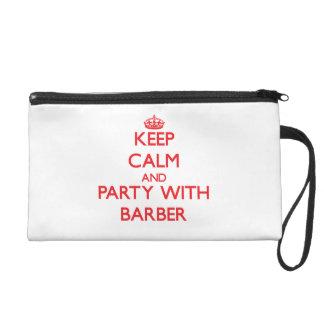 Behalten Sie Ruhe und Party mit Friseur