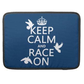 Behalten Sie Ruhe und Rennen auf (Tauben) (alle Sleeve Für MacBook Pro
