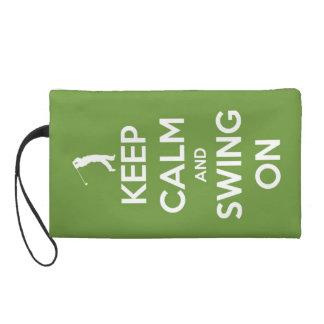 Behalten Sie Ruhe und schwingen Sie auf Grün Wristlet