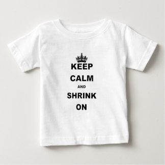 BEHALTEN Sie RUHE UND SHRINK.png Baby T-shirt