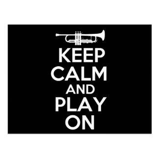 Behalten Sie Ruhe und Spiel auf (Trompete) Postkarte