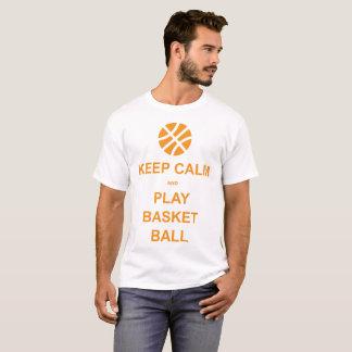 behalten Sie Ruhe- und Spielkorbball T-Shirt