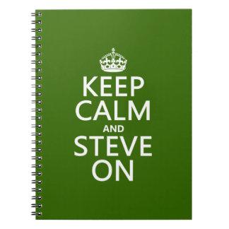Behalten Sie Ruhe und Steve auf (irgendeine Farbe) Spiral Notizblock