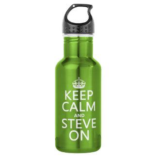 Behalten Sie Ruhe und Steve auf (irgendeine Farbe) Trinkflasche