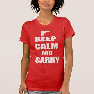 Behalten Sie Ruhe und tragen Sie T-Shirt