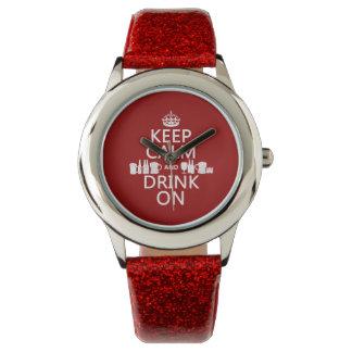 Behalten Sie Ruhe und trinken Sie auf Armbanduhr