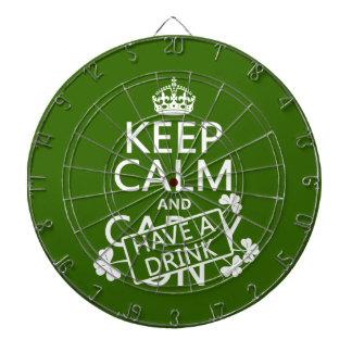 Behalten Sie Ruhe und trinken Sie etwas (irisch) Dartscheibe
