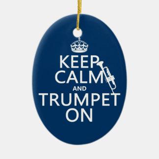 Behalten Sie Ruhe und Trompete auf (irgendeine Keramik Ornament