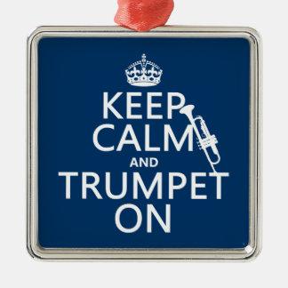 Behalten Sie Ruhe und Trompete auf (irgendeine Silbernes Ornament