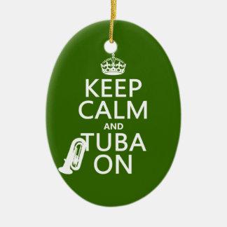 Behalten Sie Ruhe und Tuba auf (irgendeine Keramik Ornament