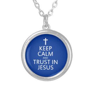 Behalten Sie Ruhe und Vertrauen in Jesus Versilberte Kette
