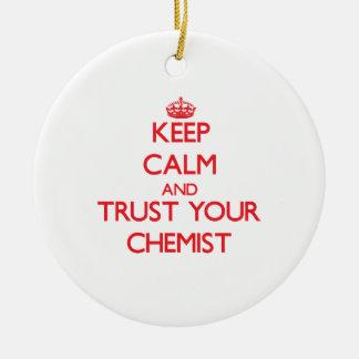 Behalten Sie Ruhe und vertrauen Sie Ihrem Chemiker Weinachtsornamente