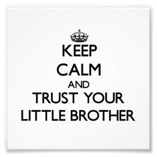 Behalten Sie Ruhe und vertrauen Sie Ihrem kleinen Photo