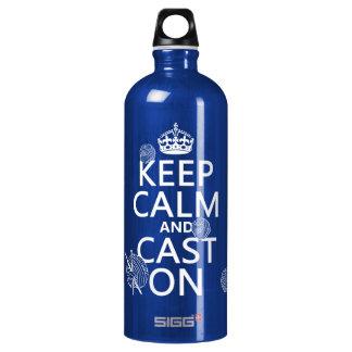 Behalten Sie Ruhe und werfen Sie an - alle Farben Aluminiumwasserflasche