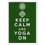 Behalten Sie Ruhe und Yoga an Grußkarte