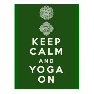 Behalten Sie Ruhe und Yoga an Postkarte