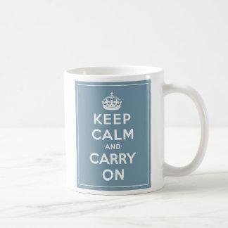 Behalten Sie ruhig u. machen Sie Kaffeetasse