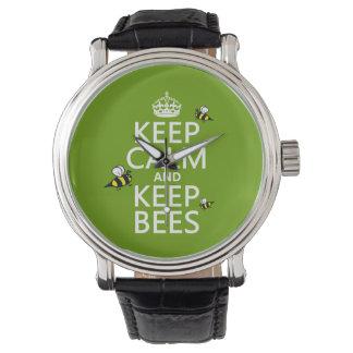 Behalten Sie ruhig und behalten Sie Bienen - alle Uhr