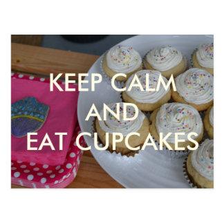 Behalten Sie ruhig und essen Sie Kuchen-Postkarte Postkarte