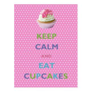Behalten Sie ruhig und essen Sie Kuchen-rosa Postkarte