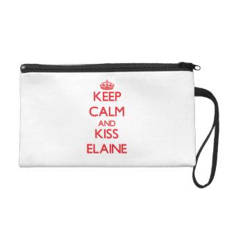 Behalten Sie ruhig und Kuss Elaine