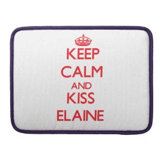Behalten Sie ruhig und Kuss Elaine MacBook Pro Sleeve