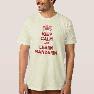 Behalten Sie ruhig und lernen Sie das Shirt der