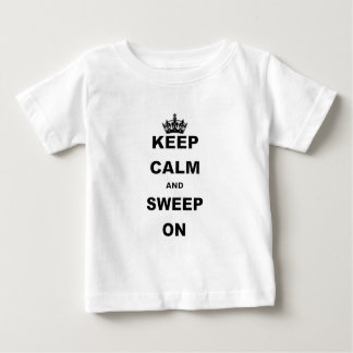 BEHALTEN Sie RUHIG UND SCHLEIFE ON.png Baby T-shirt