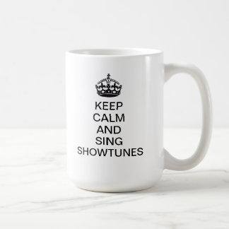 Behalten Sie ruhig und singen Sie Showtunes Kaffeetasse