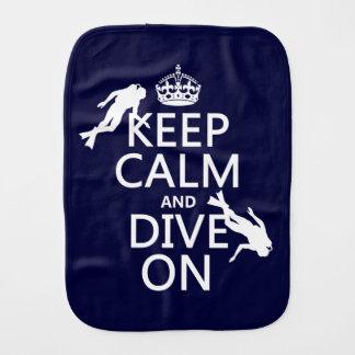 Behalten Sie ruhig und (Unterwasseratemgerät) Spucktuch